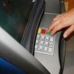 Wprowadzenie opłaty za pobieranie z bankomatu – Bank Pocztowy